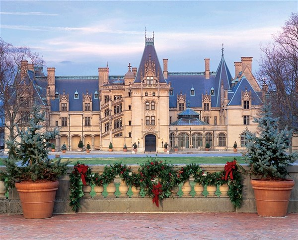 A Biltmore Christmas - Van Galder Tour and Travel - December 3-7, 2018
