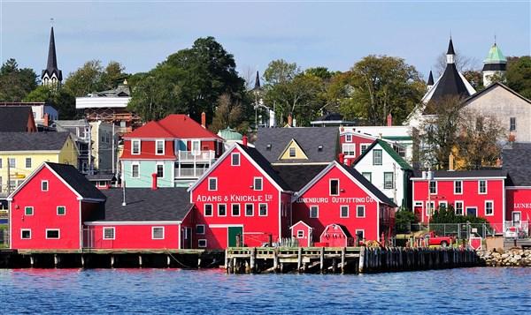 Canadas Nova Scotia & Cape Breton